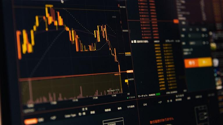 電子マネーと仮想通貨の違いと特徴
